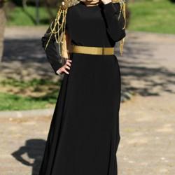 Altın Detaylı Siyah Tesettür Abiye Modelleri