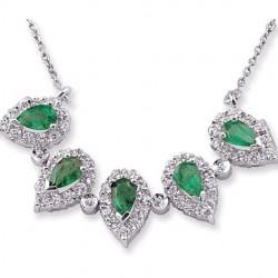 Gümüş ve Zümrüt Yeşili Takı Modelleri