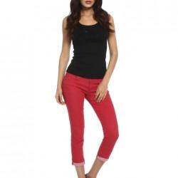 Kırmızı Kısa Paçalı Pantolon Modelleri