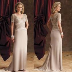 Krem Orta Yaş Elbise Modelleri