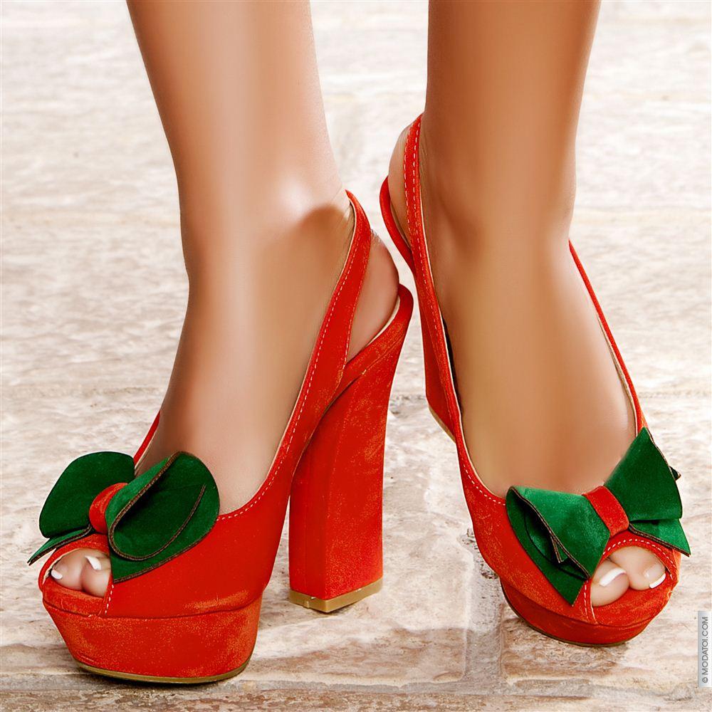 Yeşil Fiyonklu Kalın Topuklu Ayakkabı Modelleri
