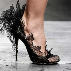Farklı Yeni Dantelli Ayakkabı Modelleri