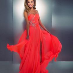 Kırmızı Neon Elbise Modelleri