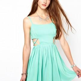 Kısa Mint Yeşili Yazlık Elbise Modelleri