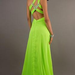 Sırt Dekolteli Neon Elbise Modelleri