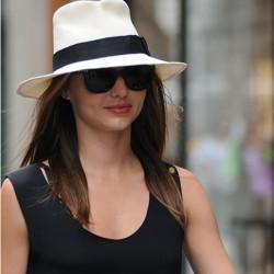 Siyah Yeni Hasır Şapka Modası