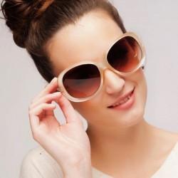 Kalın Çerçeveli Yeni Güneş Gözlüğü Modelleri