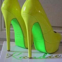 Sarı Neon Ayakkabı Modelleri