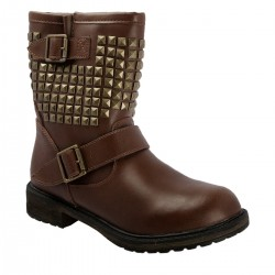 Zımba Detaylı Skechers Çizme Modelleri
