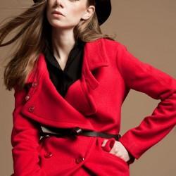 Kırmızı Kaban Yeni Sezon Versace Modelleri