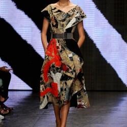 Elbise Donna Karan 2015 İlkbahar-Yaz