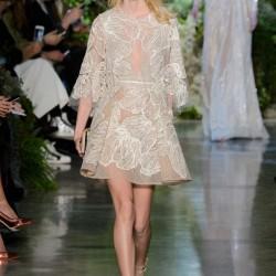 Dantel ve Tül Detaylı Mini Elbise Elie Saab 2015 İlkbahar - Yaz Haute Couture Koleksiyonu