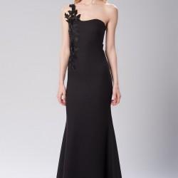 Güpür Detaylı Siyah 2015 Mezuniyet Elbisesi Modelleri