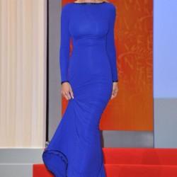 Sade Saks Mavisi Elbise Modelleri