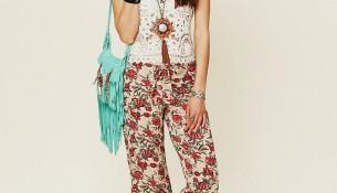 Çiçek Desenli 2015 İspanyol Paça Pantolon Modelleri