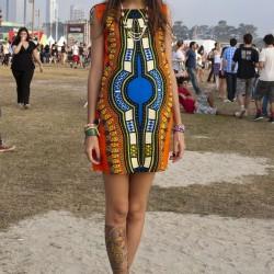 Kolsuz Etnik Desenli Elbise Modelleri