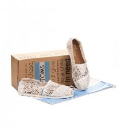 Beyaz Örgü Toms Yazlık Ayakkabı Modelleri