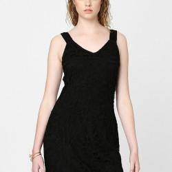 Dantel Detaylı Siyah Elbise Modelleri