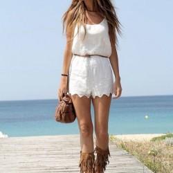 Kısa Elbise Beyaz Renk Yazlık Kombinler