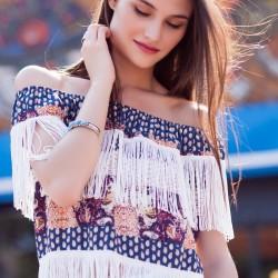Püskül Detaylı Kayık Yaka Bluz Modelleri