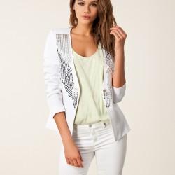 Taş İşlemeli Ceket Beyaz Renk Yazlık Kombinler