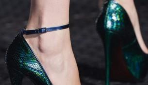 Bilekten Bağlamalı Zümrüt Yeşili Deri Yazlık İnce Topuklu Ayakkabı Modelleri