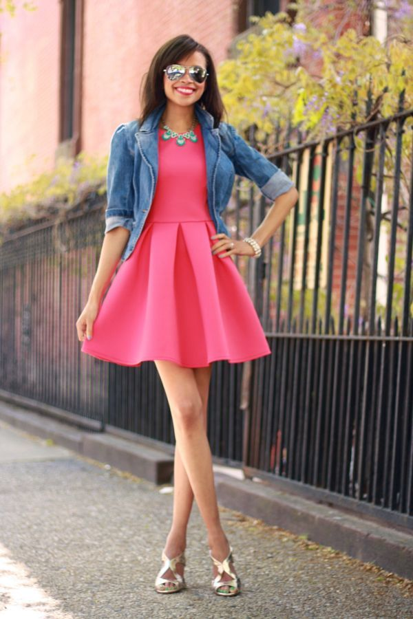 Sokak modası  pembe elbise modelleri