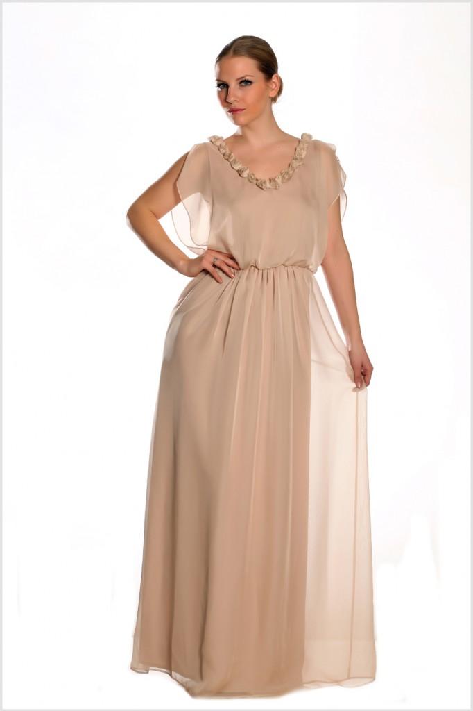 Orta yaş toprak rengi bayan elbise modelleri