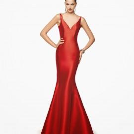 Parlak Kırmızı Elbise Modeli