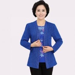 Orta Yaş Bayan Sonbahar Giyim, Mavi İşlemeli En Şık Kombinler
