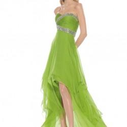 Uçuşan Kumaşları İle Yeşil Renkli Gece Elbise Modeli, Önü Kısa Arkası Uzun