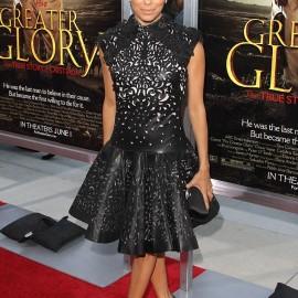 Ünlülerin Tercihi Lazer Kesim Elbise Modelleri 2016