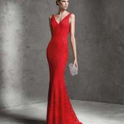 Dantel Süslemeli Kırmızı Abiye Modeli