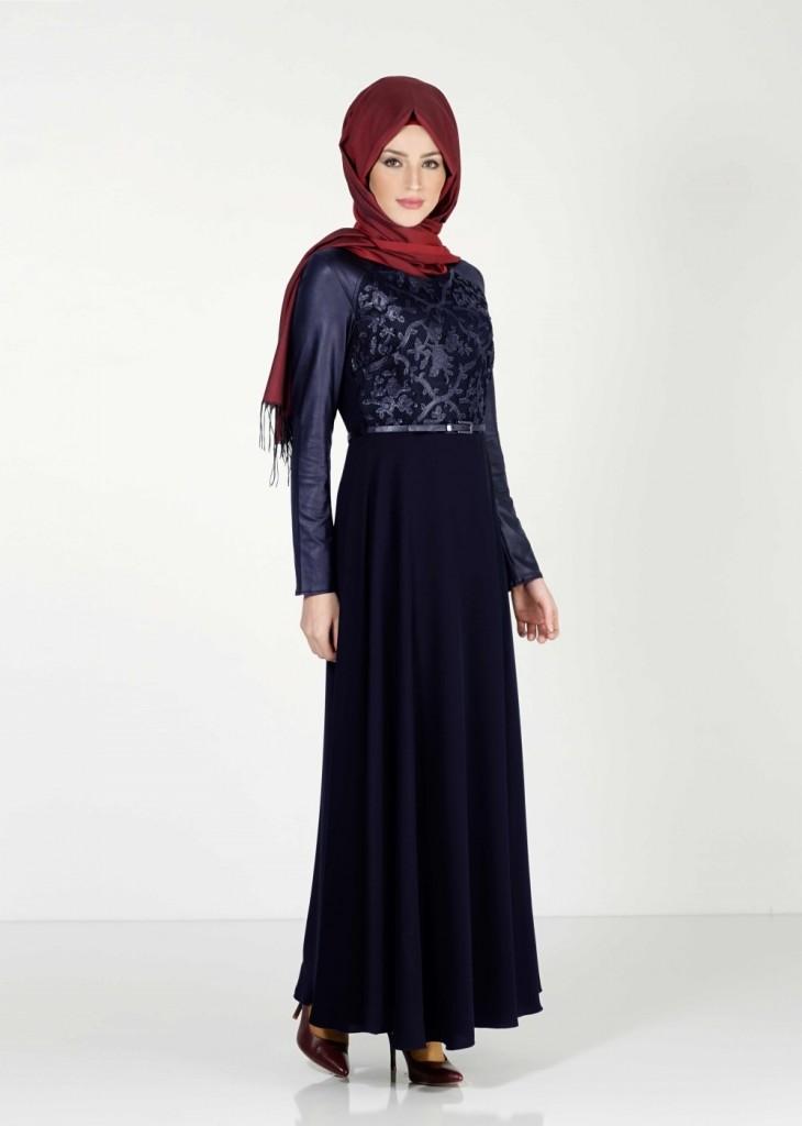 Lacivert Renkli Çok Güzel Tesettür Elbise Modeli