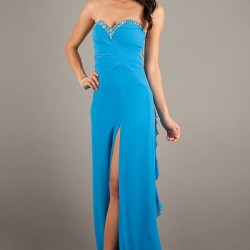 Taş Süslemeli Yırtmaçlı Elbise Modelleri