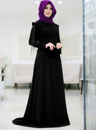En Şık Türbanlı Siyah Elbise Modelleri 2016