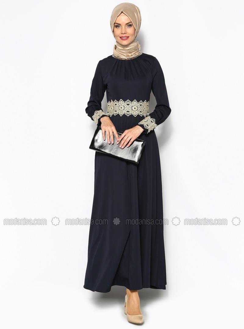 da88489efa247 En Güzel Modanisa Siyah Tesettür Abiye Modelleri 2016