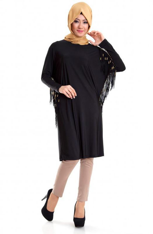 Siyah Renkli Püsküllü Tesettür Tunik Modelleri