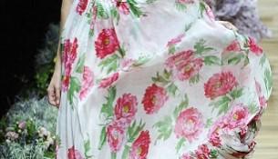 En Moda Çiçek Desenli Elbise Modelleri 2016