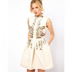 Yakalı Şık İşlemeli Elbise Modelleri