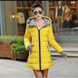 Sarı Renkli Cepli Fermuarlı Bayan Şişme Mont Modelleri