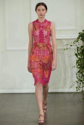 2016 2017 Londra Moda Haftası İlkbahar Yaz Bora Aksu Defilesi