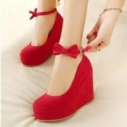 En Değişik Kırmızı Ayakkabı Modelleri