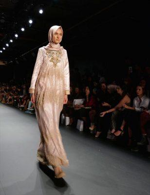 New York Moda Haftası İşlemeli Tesettürler