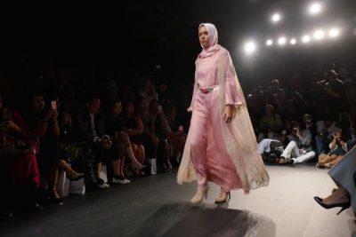 New York Moda Haftası İlk Kez Tesettür Defilesi