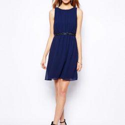 Siyah Kemer Detaylı Mavi Elbise Modelleri