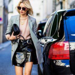 Yandan Toka Detaylı Sokak Modasının Yeni Trendi Rugan Mini Etekler