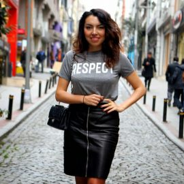 Sokak Modasında Yeni Trend Önden Fermuar Detaylı Rugan Etek Modelleri 2017