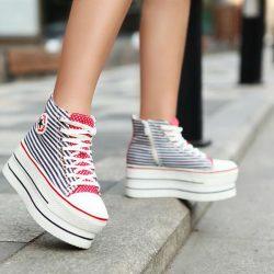 Sokak Modası En Güzel Dolgu Topuklu Spor Ayakkabı Modelleri 2017
