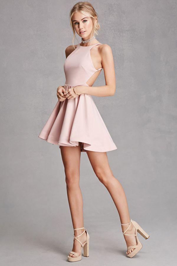En Cesur Kloş Elbise Modelleri